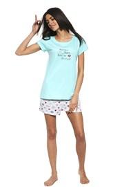 Pyjama Blogger girl